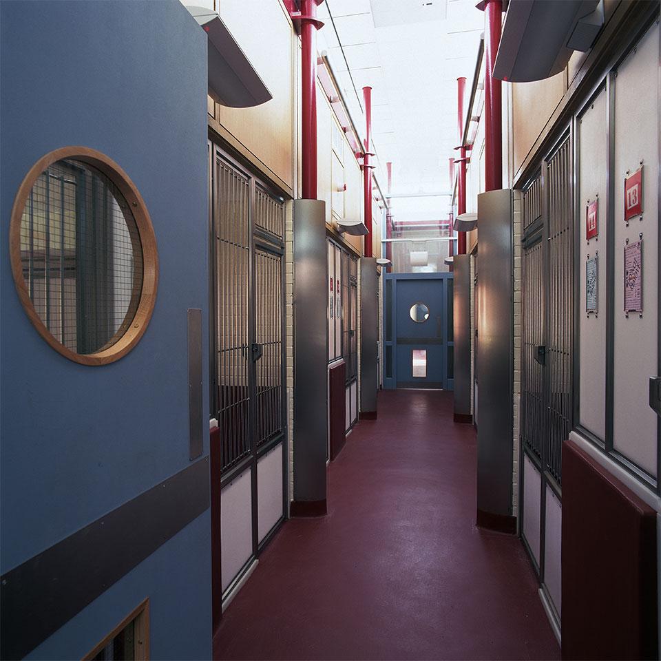 battersea-old-windsor-kennels-02